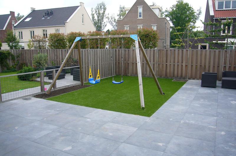 Tuin Met Tegels : Aanleg kindvriendelijke tuin in de meern verdonk tuinen verdonk
